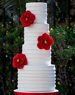 Red flowers on banded white wedding cake ive been looking flickr red flowers on banded white wedding cake by lynngrace23 mightylinksfo