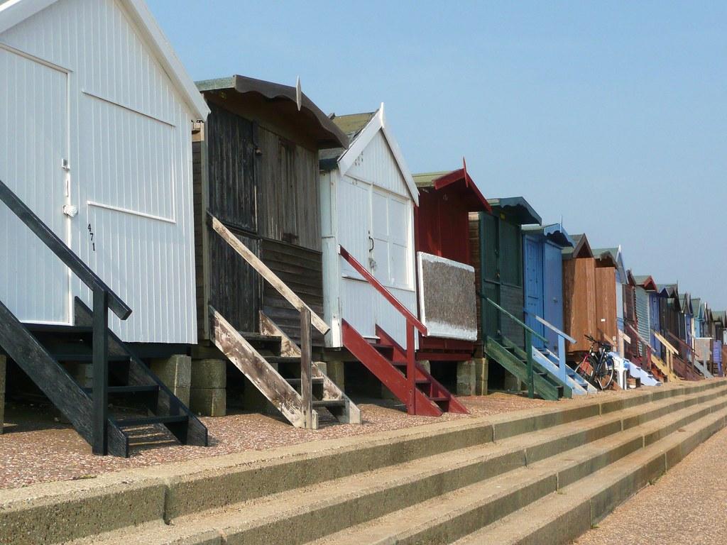 Frinton Beach Huts By Es Glover Frinton Beach Huts By Es Glover