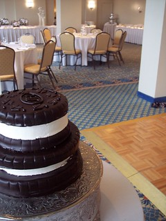 wedding cakes in wilmington nc oreo cookie novelty wedding cake wilmington nc carolina c 24801