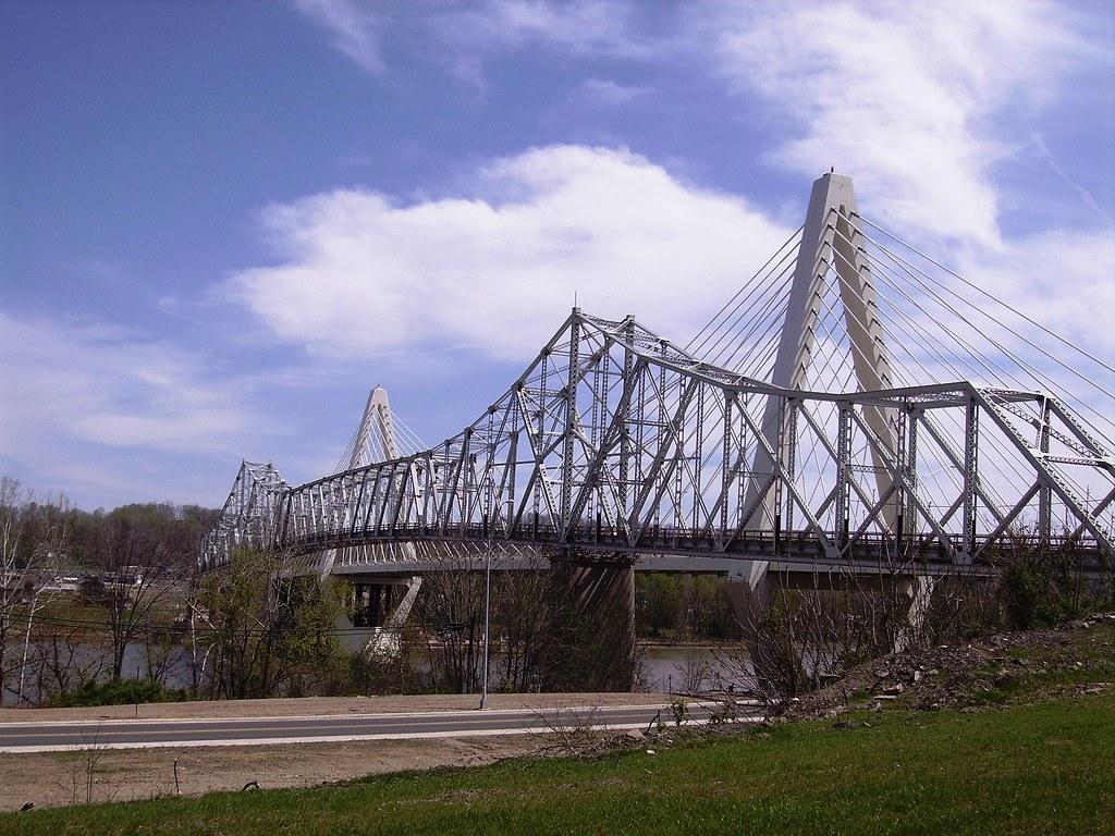 Old And New Pomeroy Mason Bridge