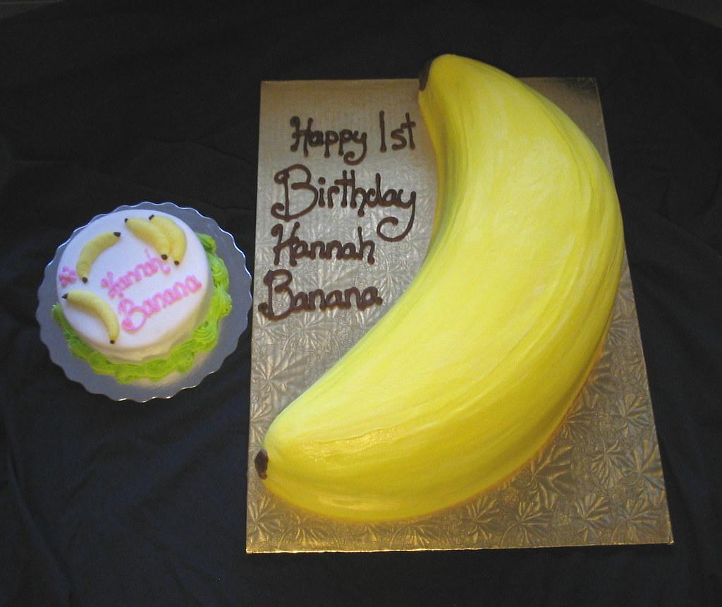 Shaped Banana Cake With Smash Cake 1st Birthday Giggys Cakes And