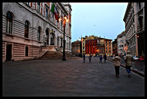 Roma piazza del parlamento luiginter flickr for Roma parlamento