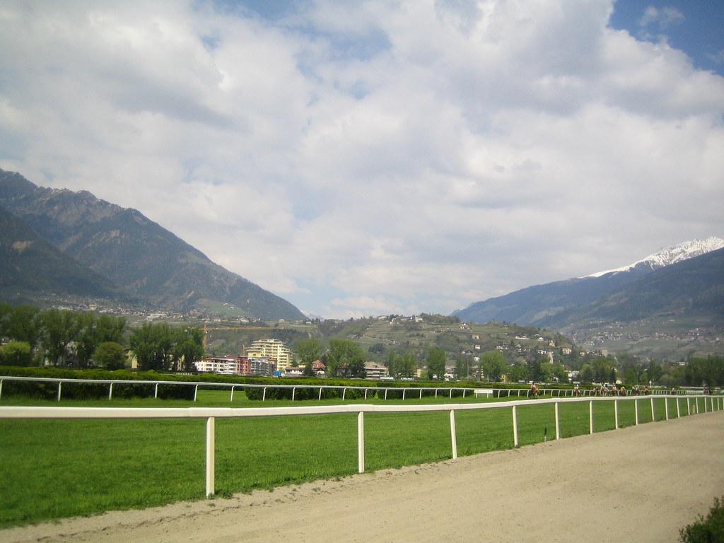 Pferderennplatz Meran - Ippodromo di Merano | 13.04.2009 ...