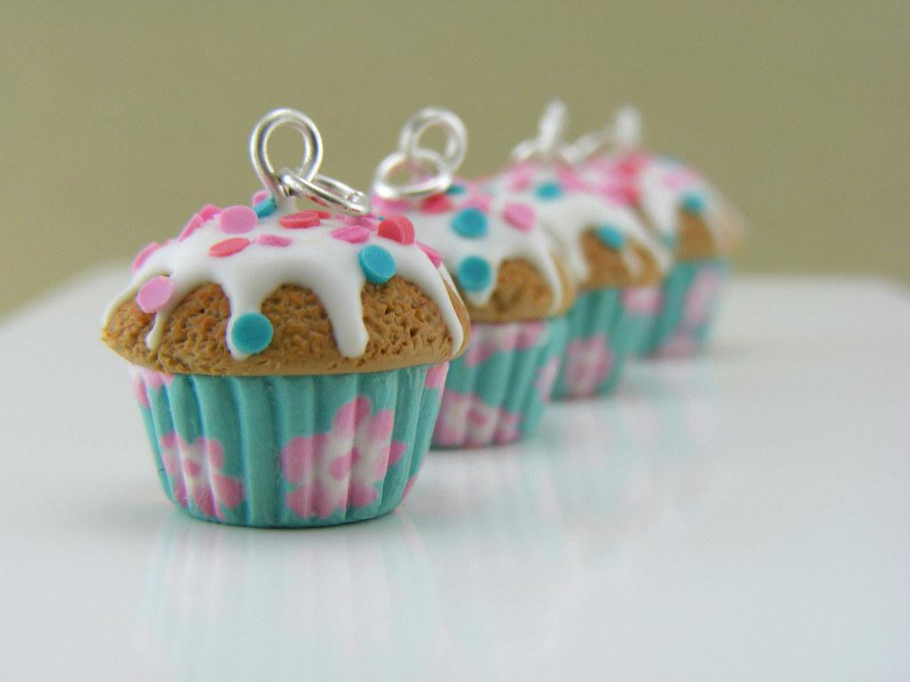 Vintage Cupcake Charms
