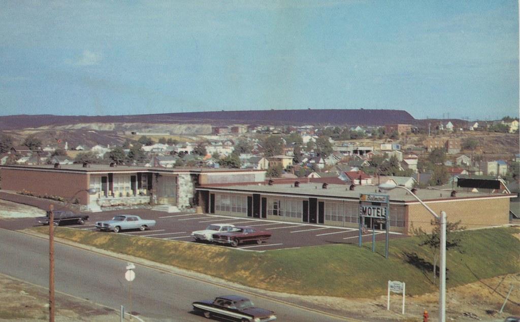 Belmont Motor Motel - Sudbury, Ontario
