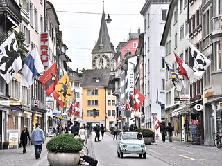 Zurich | by Trapi.