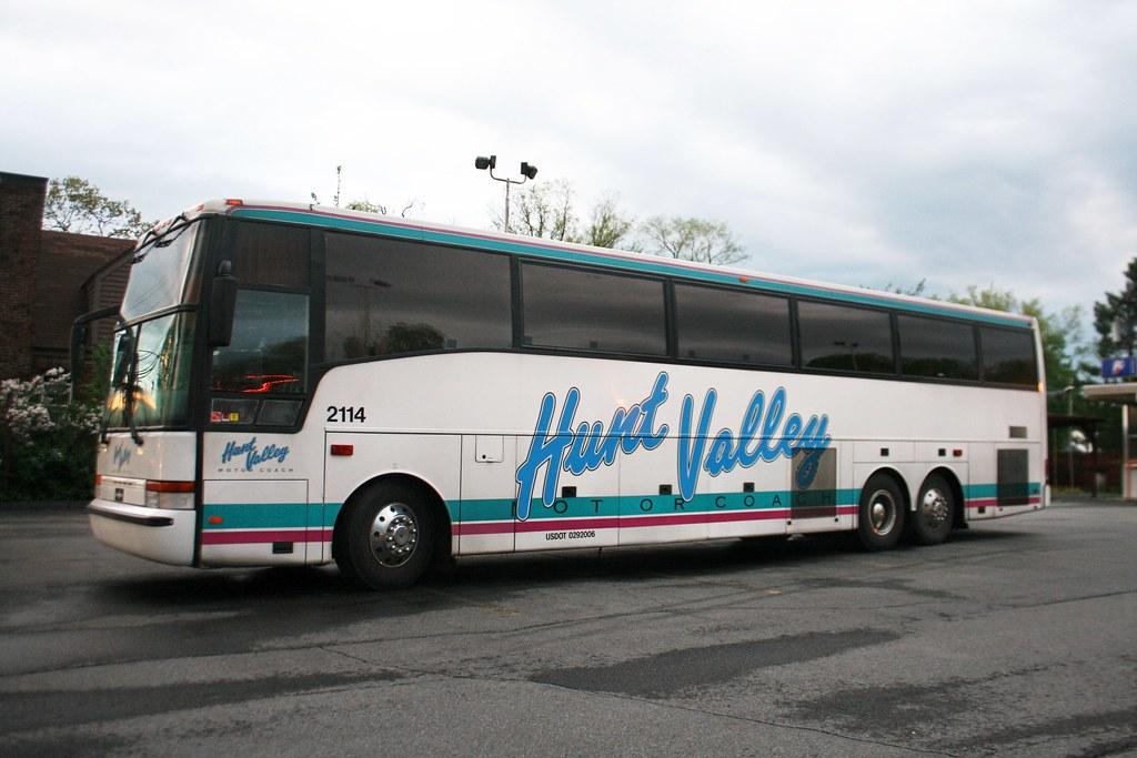 Valley motors hunt valley for Hunt valley motor coach