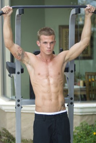 cam gigandet workin out james from twilight he is fine ho flickr