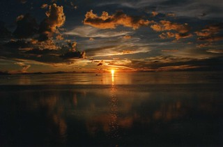 Sunset over the Salar de Uyuni | by wallygrom