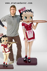 betty boop diner statue | statue decor | Flickr