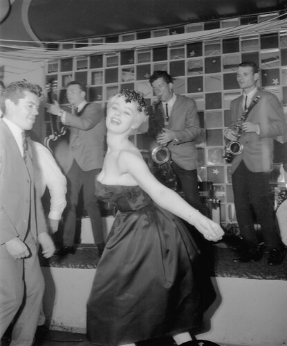 Sabrina doing the Twist, Peppermint Lounge, Sydney, January 1962 / Australian Photographic Agency | by State Library of New South Wales collection