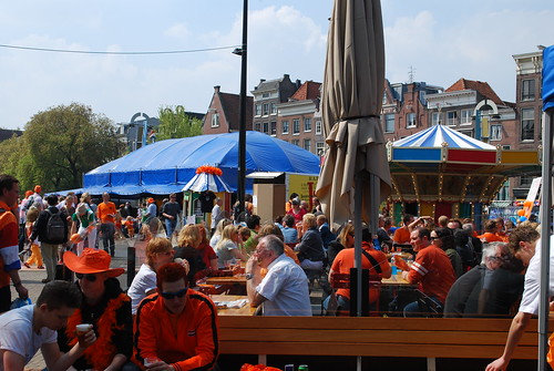 Crowds at Nieuwmarkt | by kevingessner
