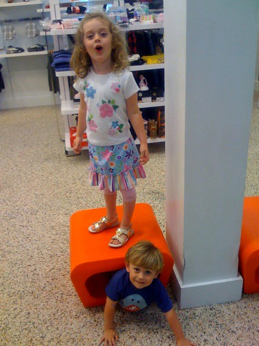 kids at the mall | by jil.cohen