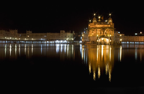 GOLDEN TEMPLE AMRITSAR | by seju_25