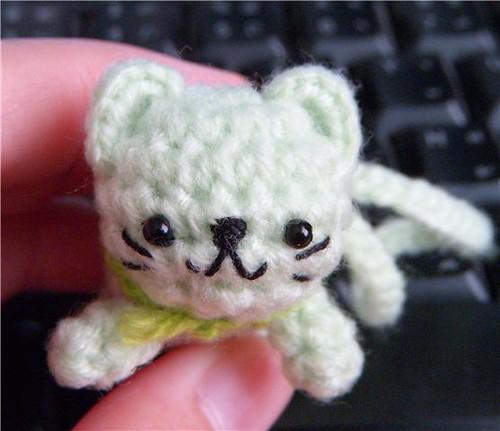 Ravelry: Kitten Amigurumi pattern by Amy Gaines   431x500