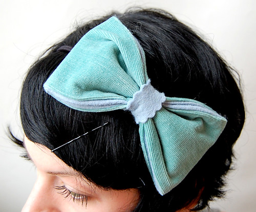 Farfallette Fascinator // Bows Tied | by giantdwarfshop
