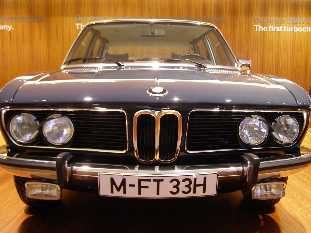 BMW 3.3 Li, 1975—1977 | padremariano169 | Flickr