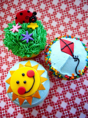 Kids Summer Cakes | by House of Sweets Bakery
