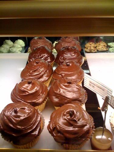 Mocha Caramel Cake Goldilocks Price