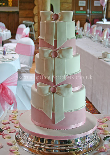 wedding cake height average wedding cake 414 height pearls amp sugar bows 22810