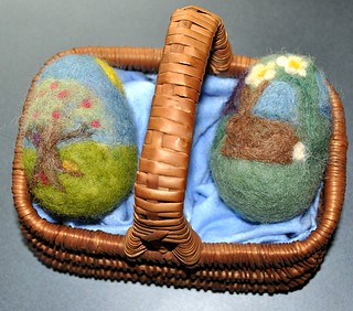 Needle-felted Easter Eggs | by littlesisterhandmade