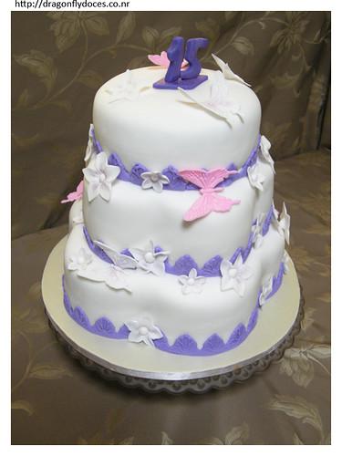 Bolo Para Uma Menina De 15 Anos A Cake For A 15 Years Old