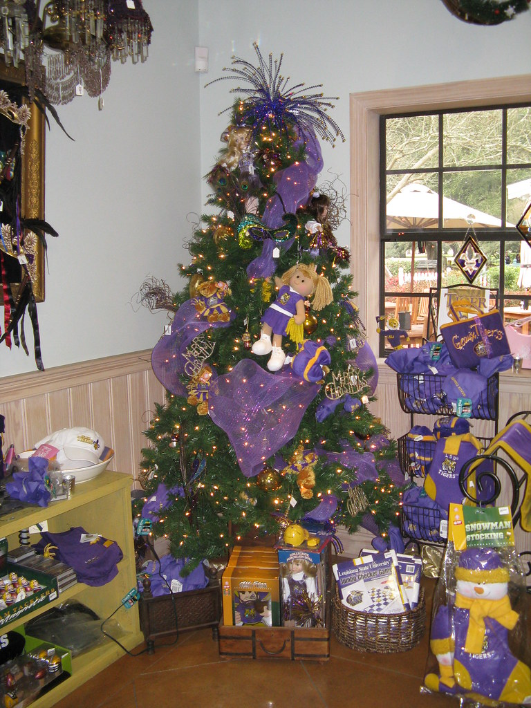 Oak Alley Plantation Gift Shop, LSU Christmas Tree | Flickr