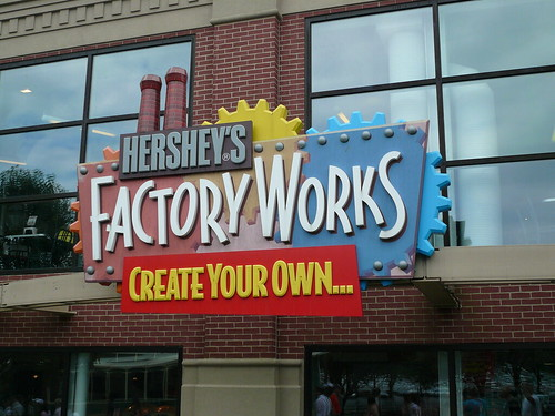 Factory Works Hershey Chocolate World July 2009 | by mrkathika
