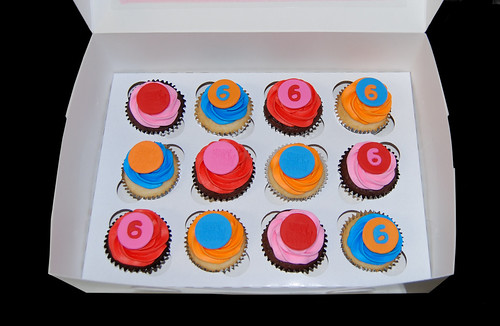 6th birthday cupcakes red pink blue orange | by Sweet Shoppe Mom and Simply Sweets