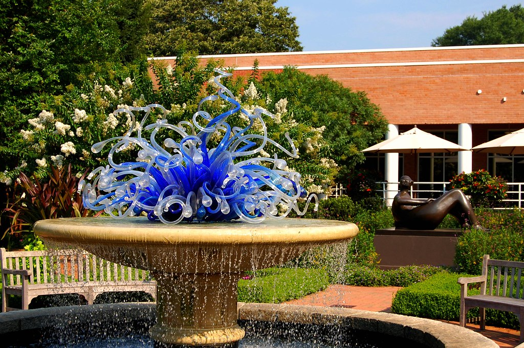 ... Dale Chihuly Meets Henry Moore At The Atlanta Botanical Garden | By  UGArdener