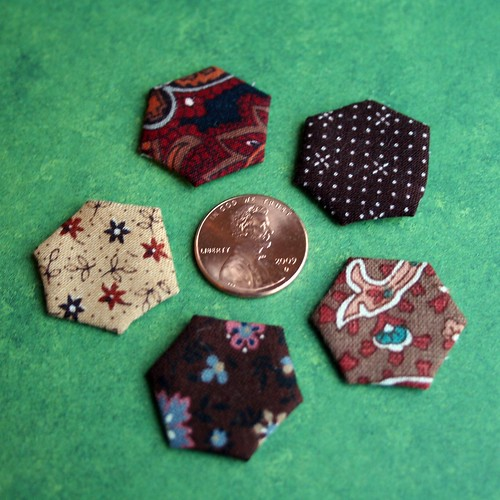 Mini hexagons: Penny-sized | by turning*turning