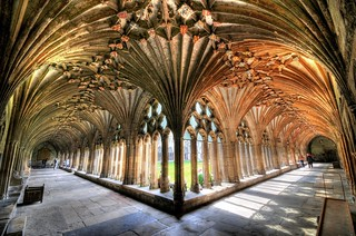 Canterbury Cathedral Cloister | by 5ERG10