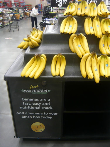 bananas are a fast, easy and nutrional snack | by PinkMoose