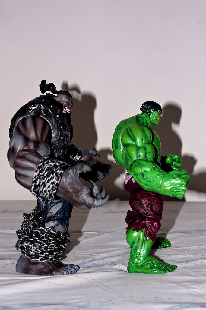 The Pitt and Marvel Select Hulk Size Comparison 1 | Well, th… | Flickr