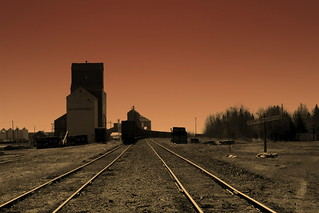 Mayerthorpe Grain Elevator | by METAL_FIRECRACKER
