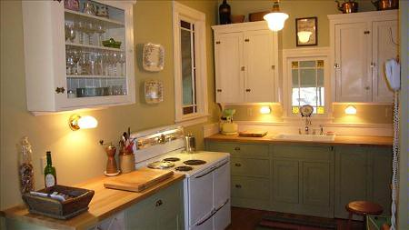 How To Safely Clean Painted Kitchen Cabinets