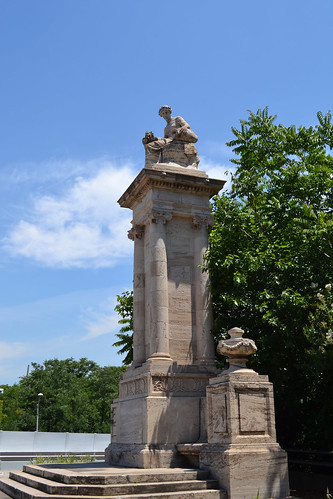 Fallsway Fountain Monument | by Monument City