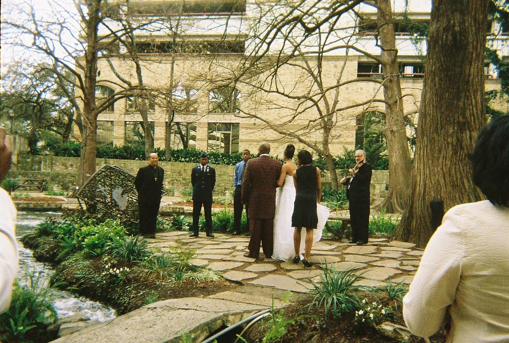 2008*San Antonio Riverwalk Marriage Island for a Military … | Flickr