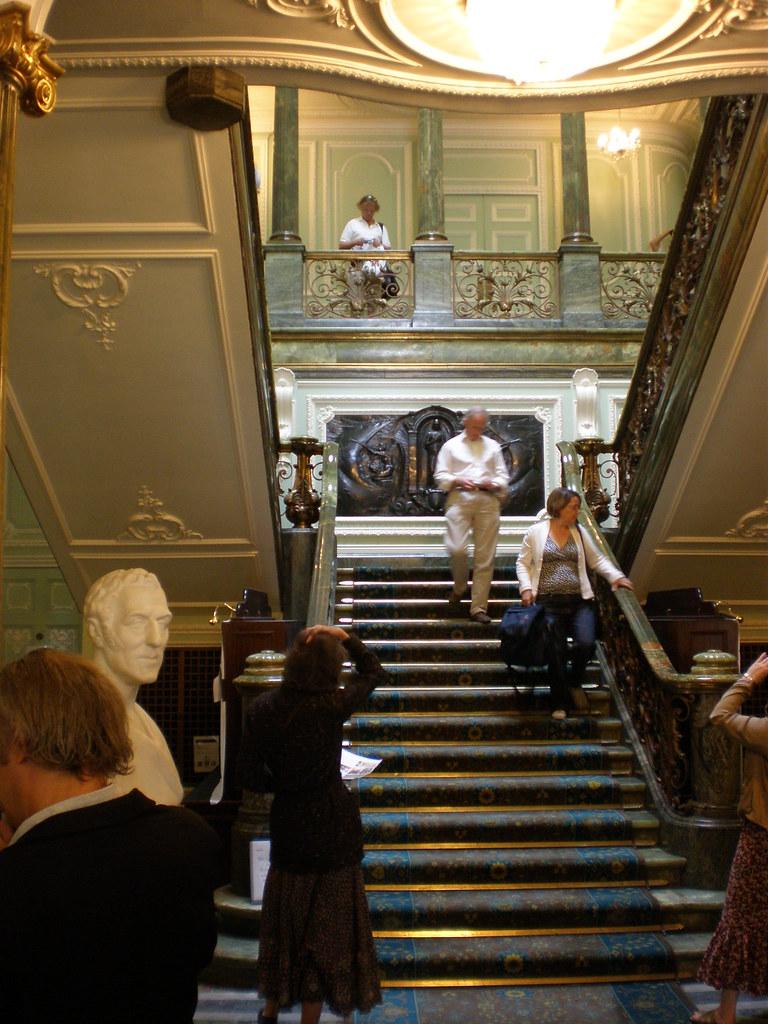 L'horloge du Grand escalier = palais des Tuileries ?  - Page 2 3296707801_44840ed954_b