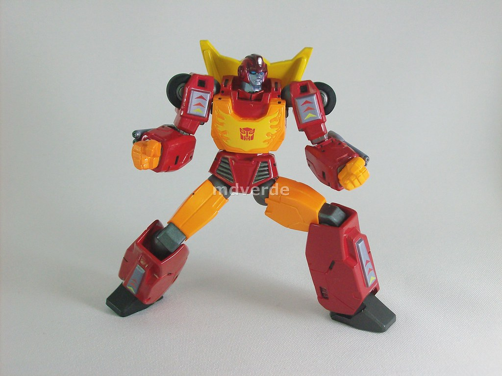Transformers Hot Rod Revoltech Nombre Hot Rod Afiliación