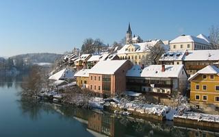 The breg on the krka river novo mesto slovenia breg for Trodel mobel