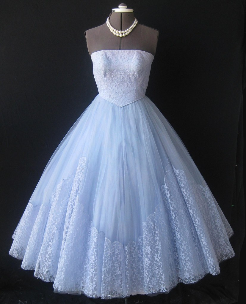 Strapless 50\'s lace & tulle prom dress | my_vintage_studio | Flickr