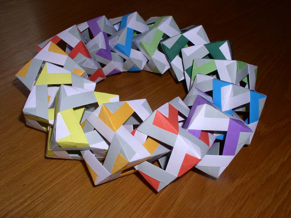 Origami Ring Of Cubes