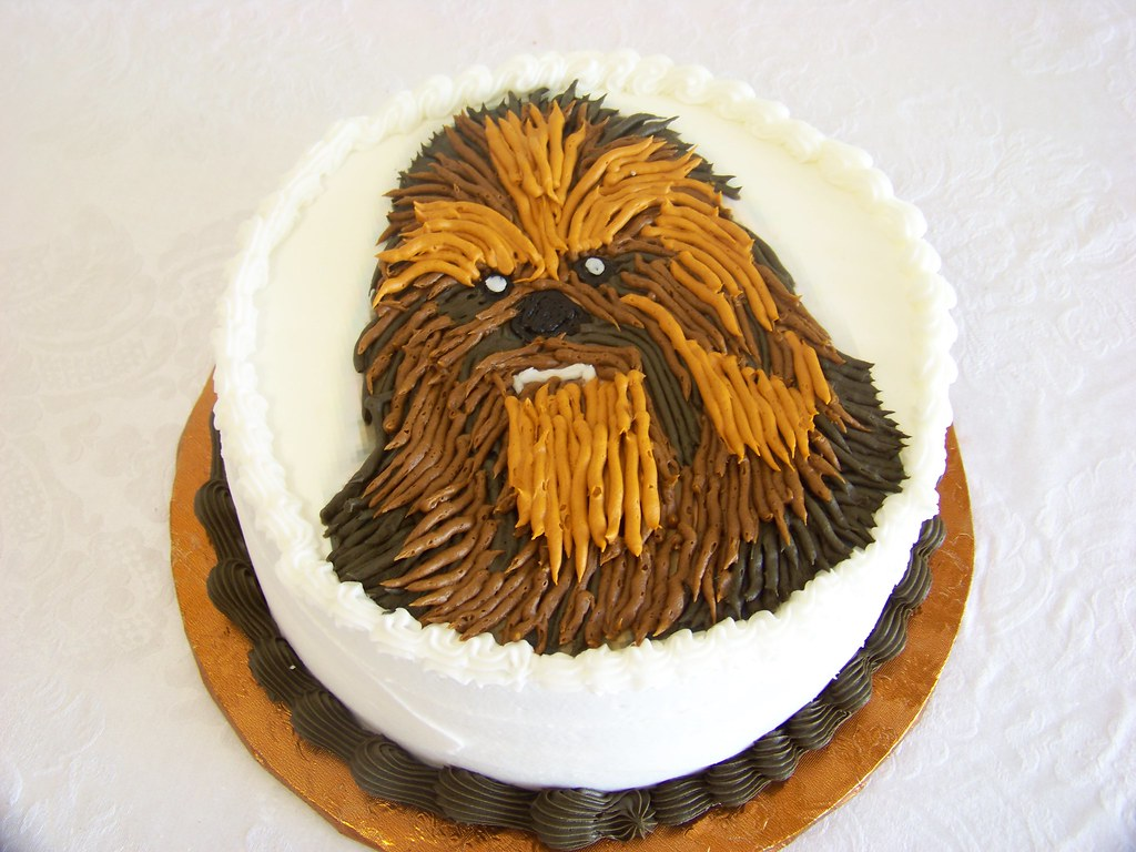 Chewie Birthday Cake A 10 Inch Round Cake With Chewbacca I