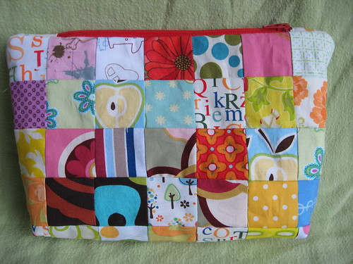 Patchwork Zipper Pouch | by weepereas