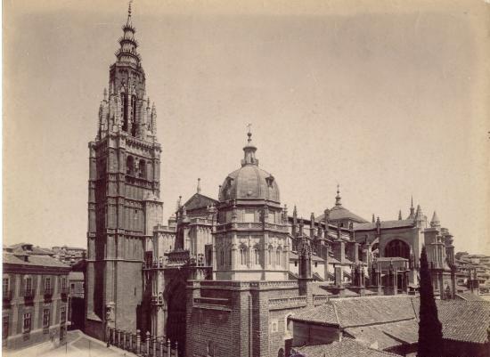 Catedral de Toledo con su cimborrio aún en pie a finales del siglo XIX. Fotografía de Rafael Garzón