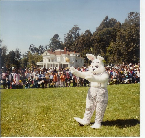 Dunsmuir Easter Bunny on the meadow | by Contra Costa Times