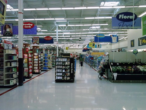 Wal-Mart - Ottumwa, Iowa - Main Action Alley GM Side | Flickr