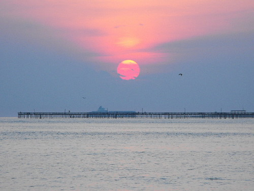 Chesapeake bay at sunrise 2009 0603 taken near lynnhaven for Lynnhaven inlet fishing report