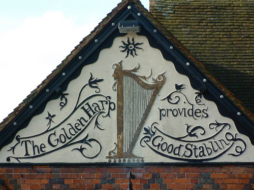 Golden Harp Pub Sign, Maidenhead | by Thorskegga